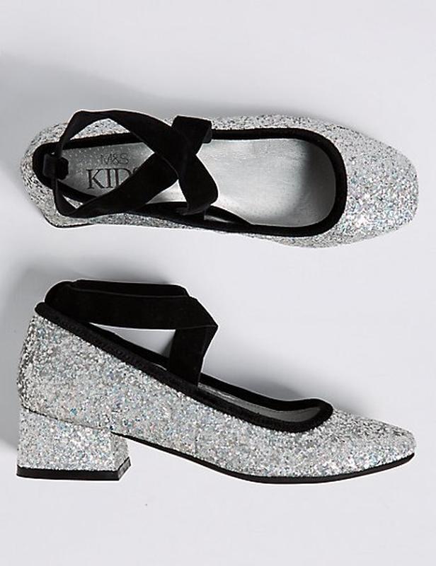 Туфли (балетки)серебристые с  блестками, пайетками,37 р/23.5 с...