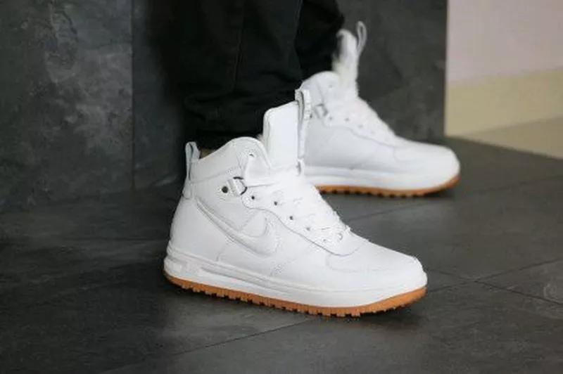 Мужские зимние кроссовки белые Nike Lunar Force 1