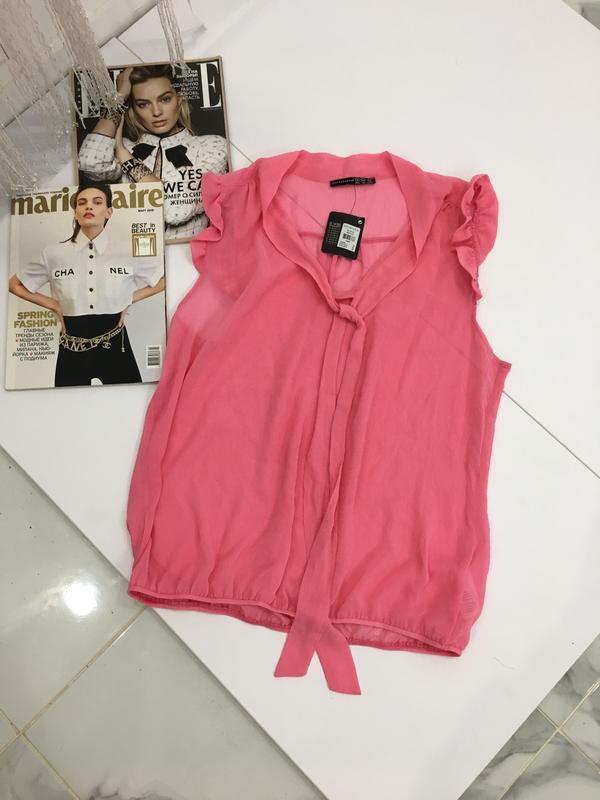 Блуза с рюшами на резинке