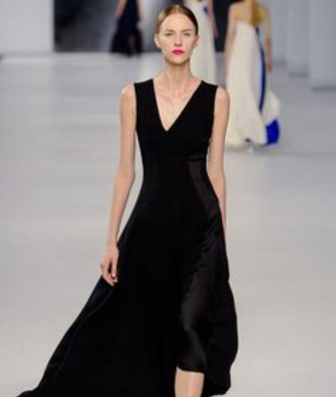 Франция. шикарное длинное платье.