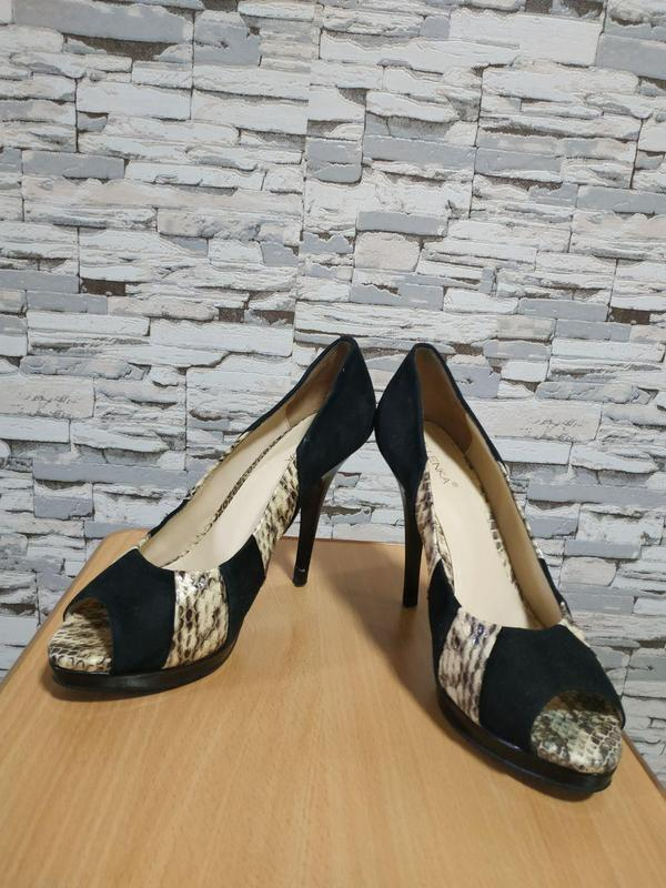 Кожаные туфельки elenka