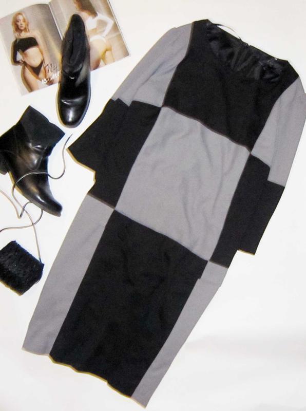 Обалденное платье ,геометрический принт