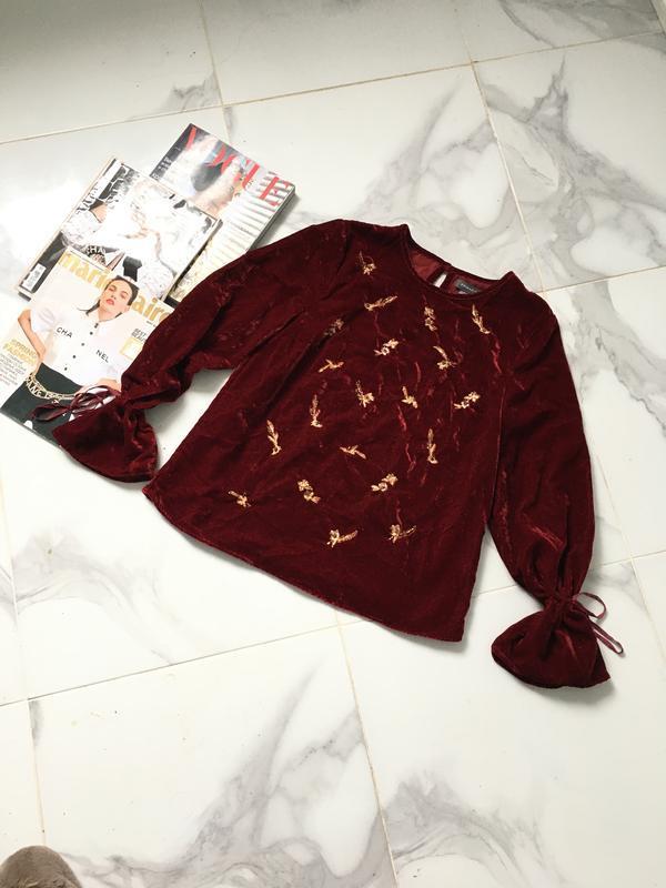 Стильная бархатная блуза бургунди