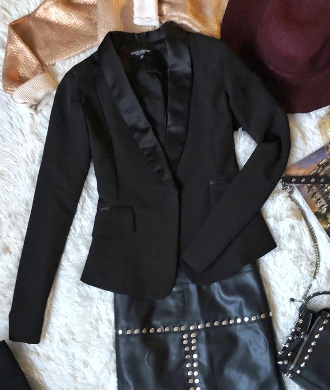 Новый черный пиджак размер м
