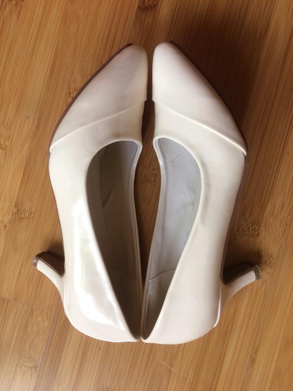 лаковые туфли 36 размера женские