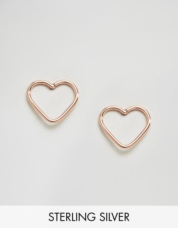 1+1=3 до 30/12 серьги-гвоздики в виде сердечек с вырезами king...