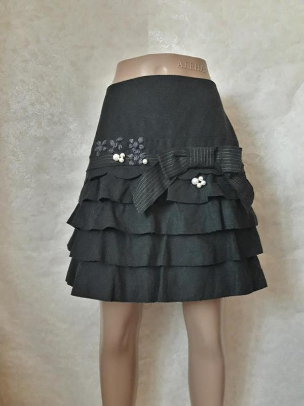 Шикарная нарядная мини юбка со 100% шерсти  с бантом и жемчужи...