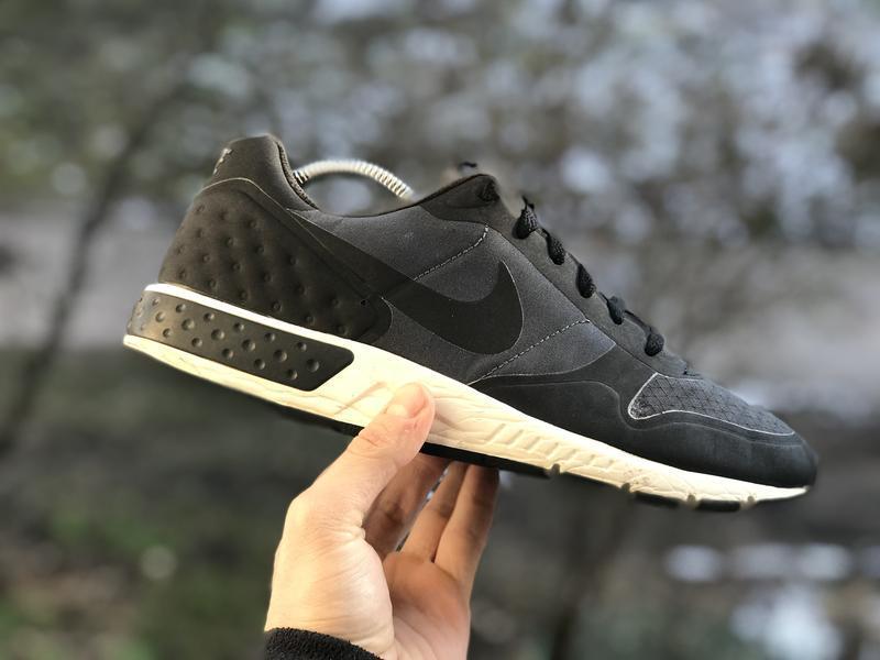 Nike nightgazer lw спортивні кросівки оригінал