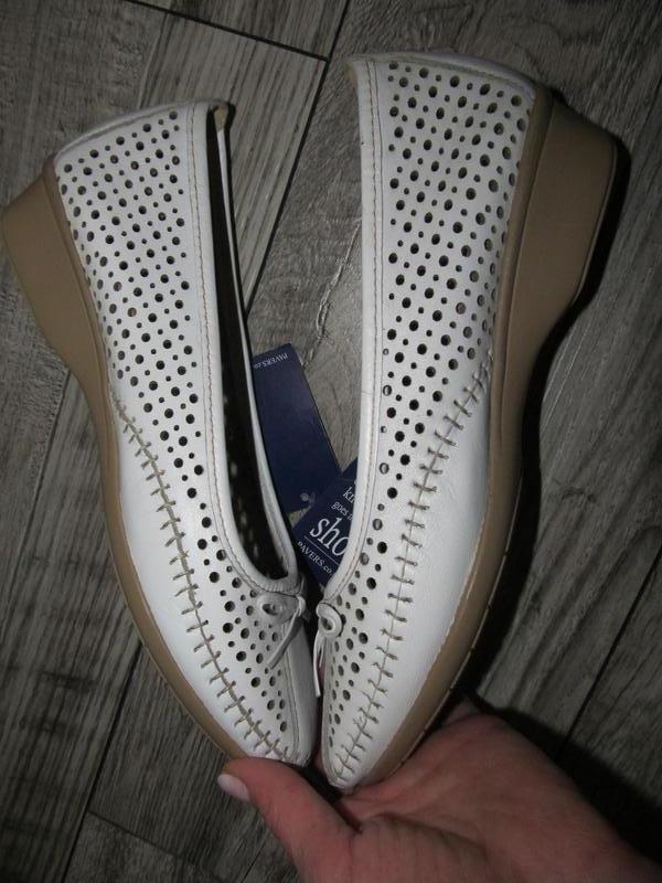 Кожаные туфли балетки pavers  р. 39
