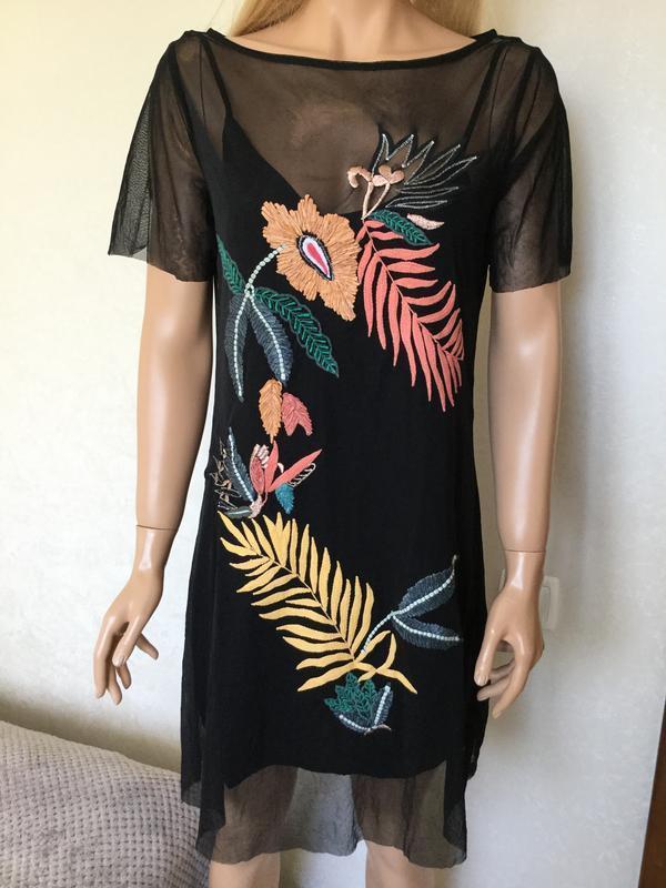 Платье сетка с вышивкой guess размер s/m