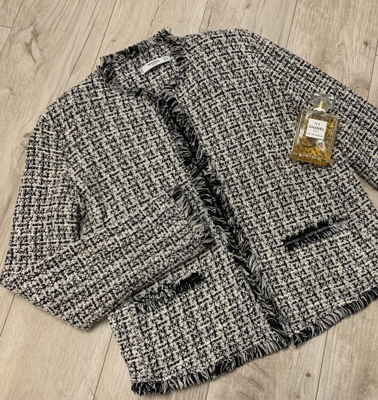Стильный шикарный твидовый пиджак клетка от mango