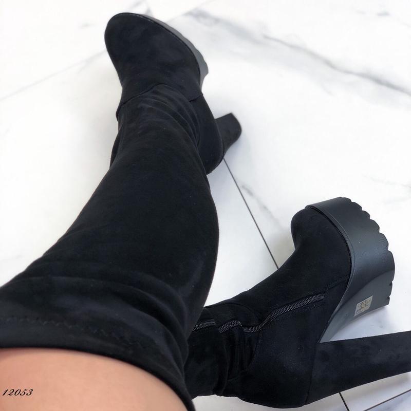 Красивенные сапожки на стройные ножки