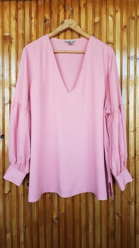Изысканная блуза h&m с пышными рукавами.