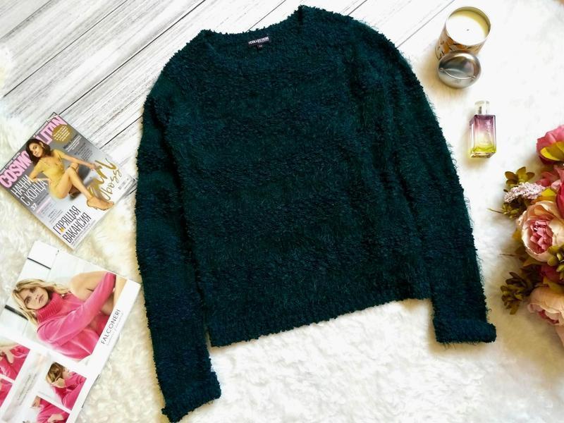 Буклированый свитер травка изумрудного цвета размер 12 (42-44)