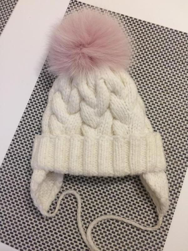 Красивая шапка зима большой натуральный бомбон