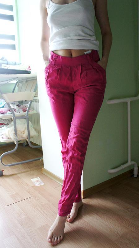 Легкие и яркие летние штаны