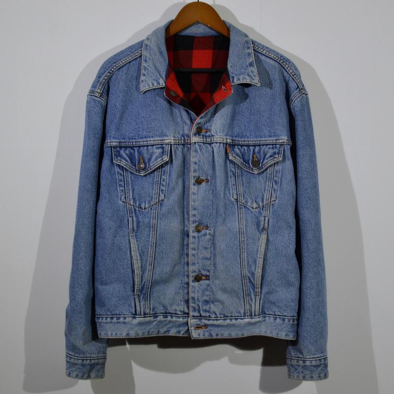 Курточка джинсовая levi`s vintage reversible trucker jacket
