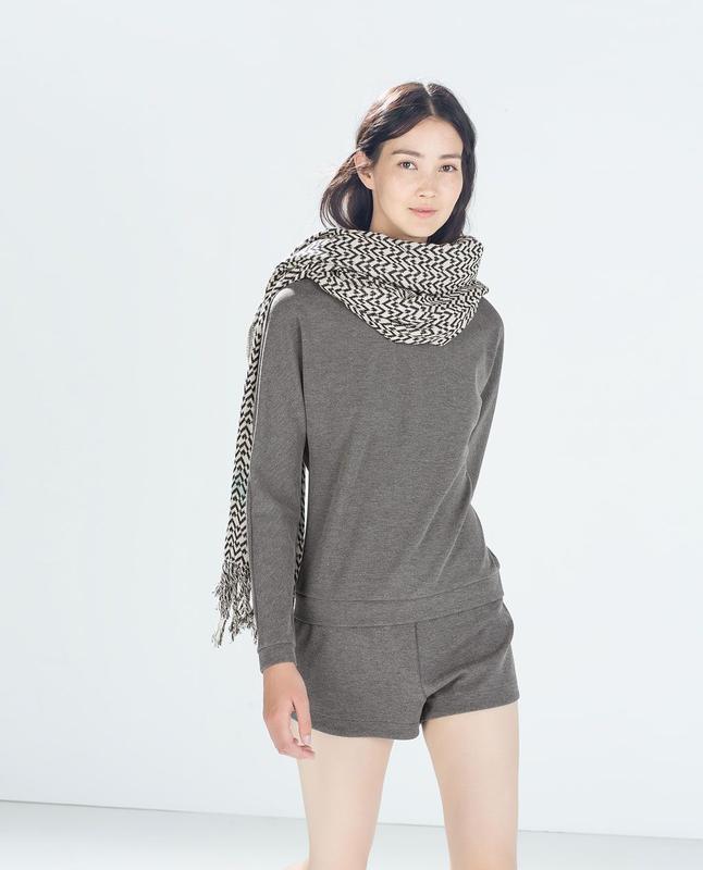 Супер стильный серый комбинезон с шортами zara, размер s