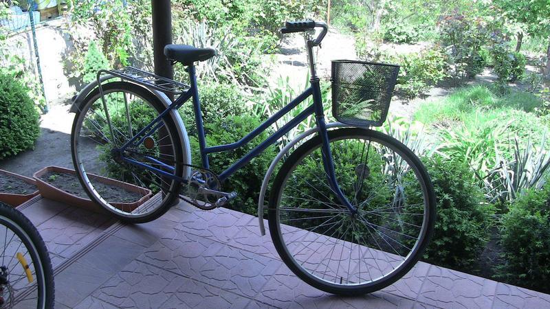 новый велосипед с женской рамой