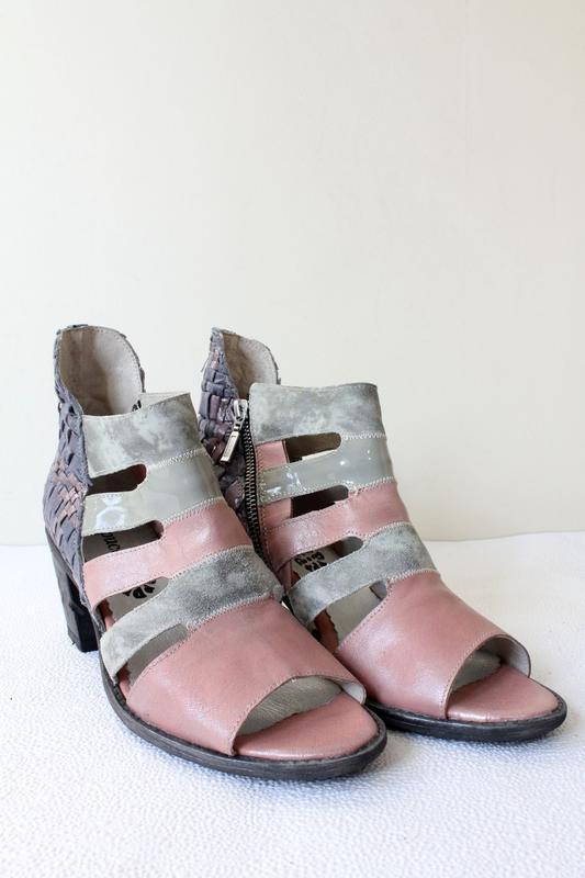 Кожаные босоножки papucei, устойчивый каблук