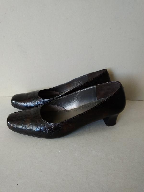 Р. 6,5 / 39-40 26,5 см устойчивые кожаные туфли на низком кабл...