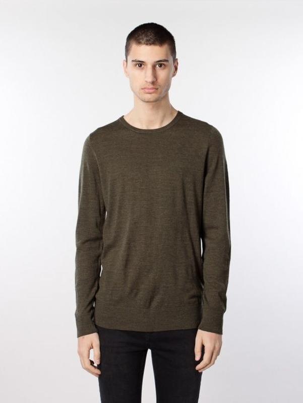 Базовый легкий свитерок из 100% merino wool. samsoe samsoe