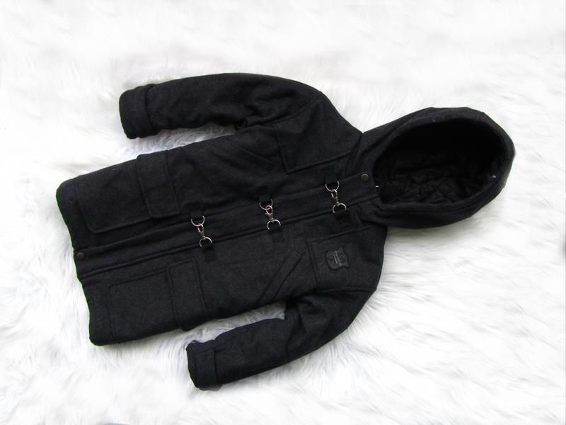 Стильная теплая куртка парка пальто с капюшоном trinity kids