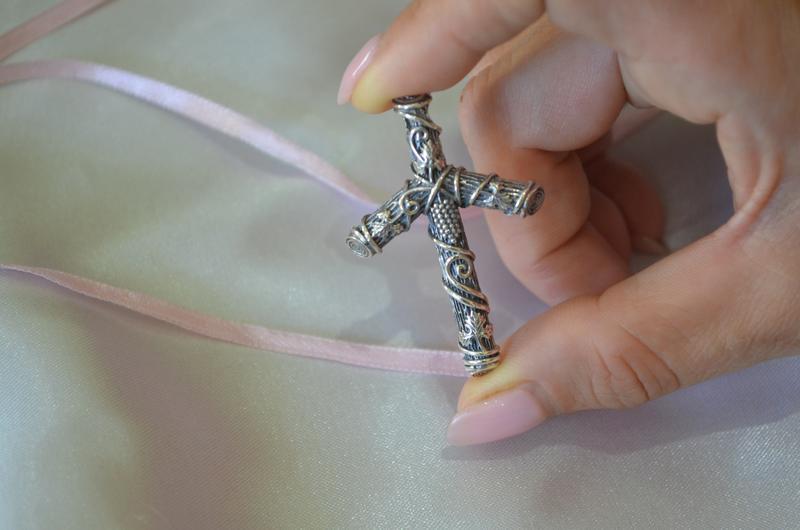 Крест святой нины ( нино)