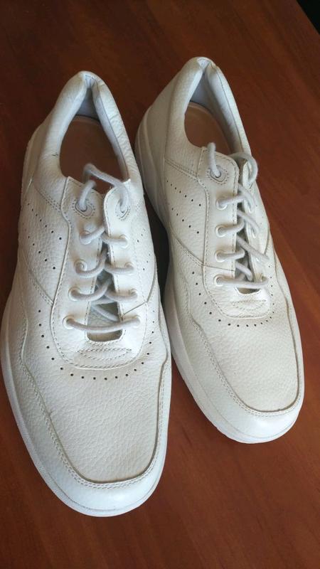 Продам мужские кроссовки Dr. Comfort