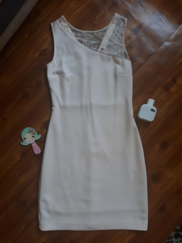 Нежно розовое красивое платье ostin