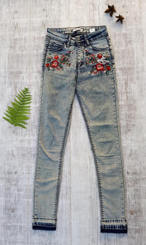 Джинсы скини, джинсы с рисунком, джинсы