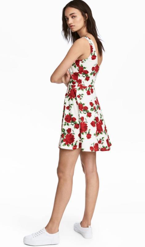 Платье в цветочный принт - Фото 6