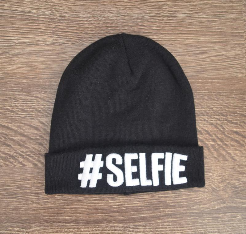 Стильная теплая трендовая шапка # selfie ® beani hats