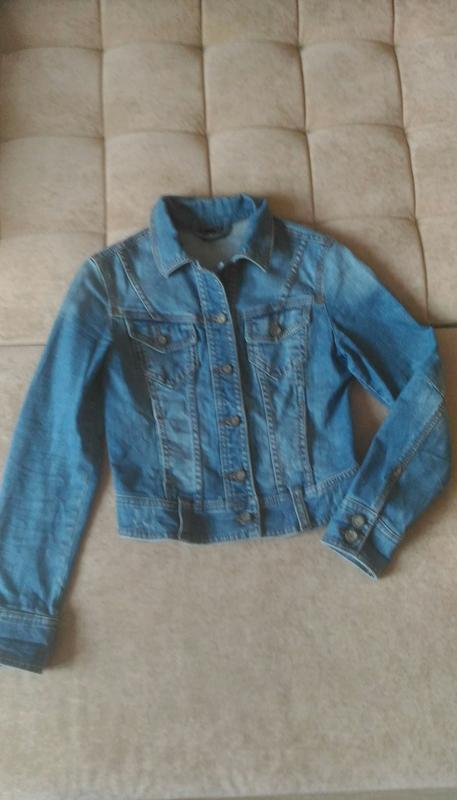 Джинсовая укороченная  куртка, р.s