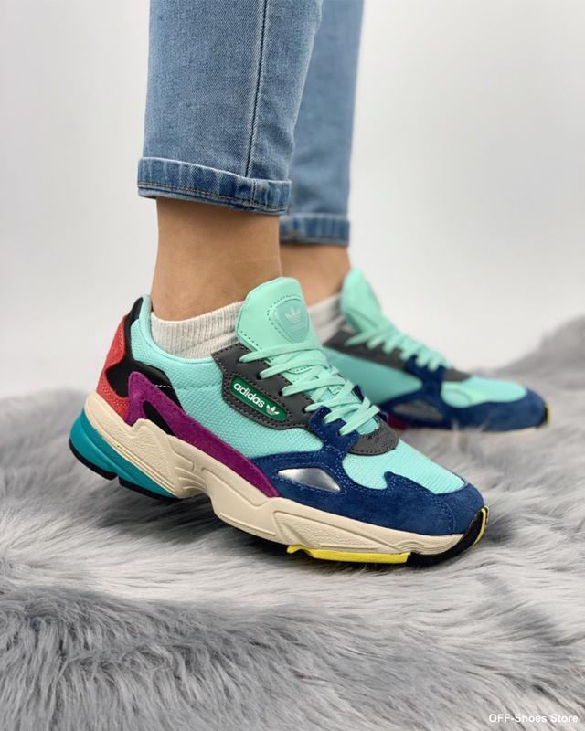 Яркие и стильные кроссовки в дизайне 2019 года (36-40)