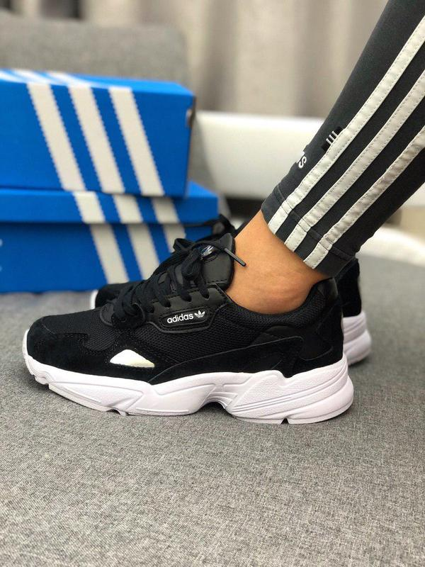 Стильные замшевые кроссовки adidas в черном цвете (весна-лето-...