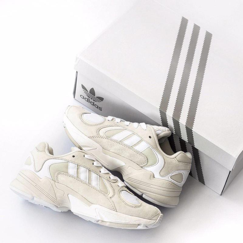 """Шикарные женские кроссовки """"adidas yung 1"""" в бежевом цвете из ..."""