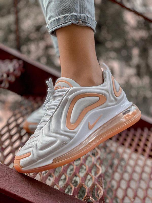 Шикарные кроссовки nike air max 720 в бело-оранжевом цвете (ве...