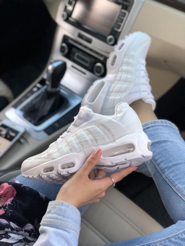 Шикарные женские кроссовки nike air max 95 в полностью белом ц...