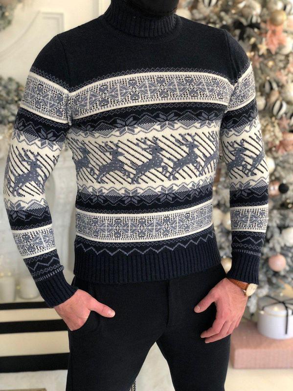 Мужской свитер с оленями - Фото 2