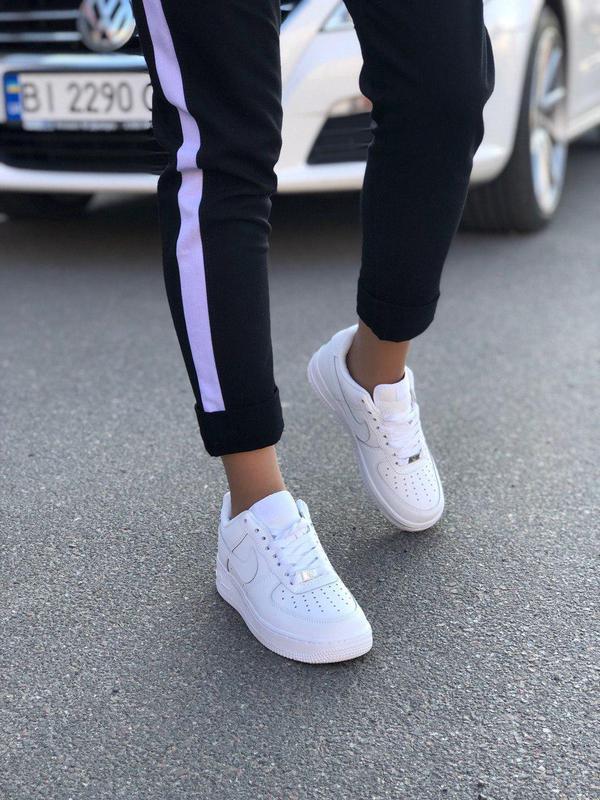 Стильные женские кроссовки nike в белом цвете из кожи (весна-л...