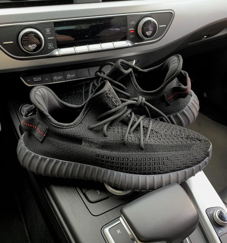 Редчайшая модель кроссовок adidas yeezy 350 black (весна-лето-...