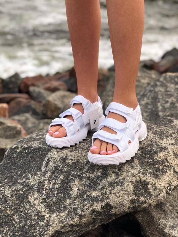 Стильные летние сандалии от fila в белом цвете (весна-лето-осе...