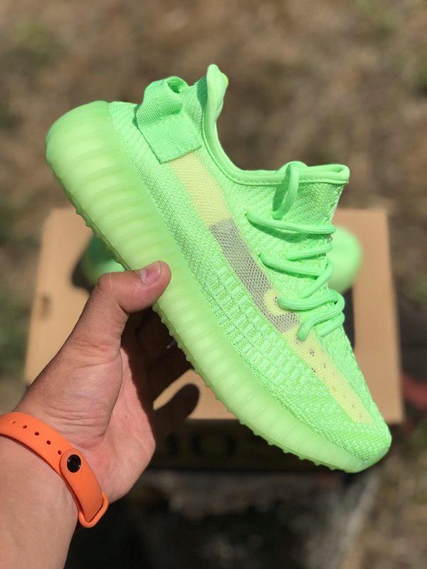 "Шикарные салатовые кроссовки adidas yeezy ""glow in the dark"" (..."