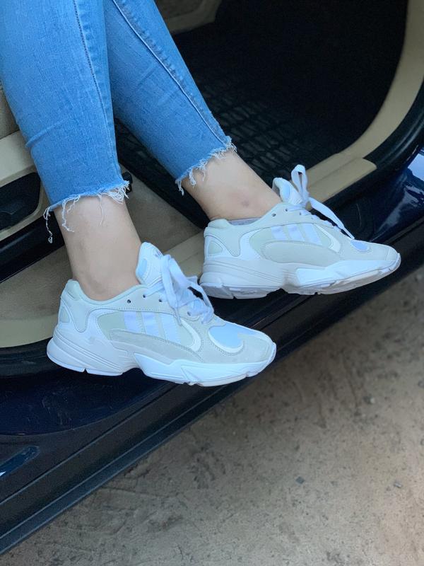 Стильные женские кроссовки adidas в белом цвете (весна-лето-ос...