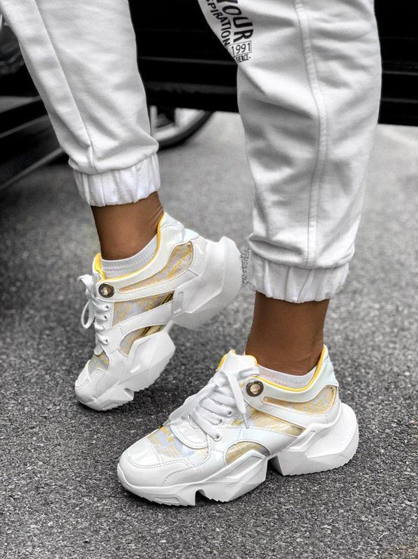 Крутые женские кроссовки в бело-желтом цвете  (весна-лето-осень)😍