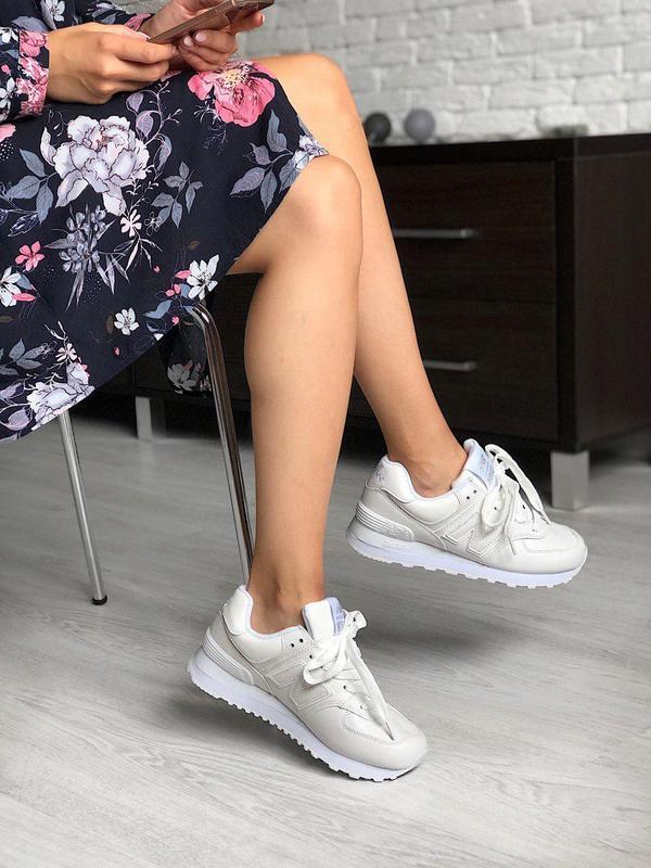 Шикарные женские кроссовки new balance 574 в полностью белом ц...
