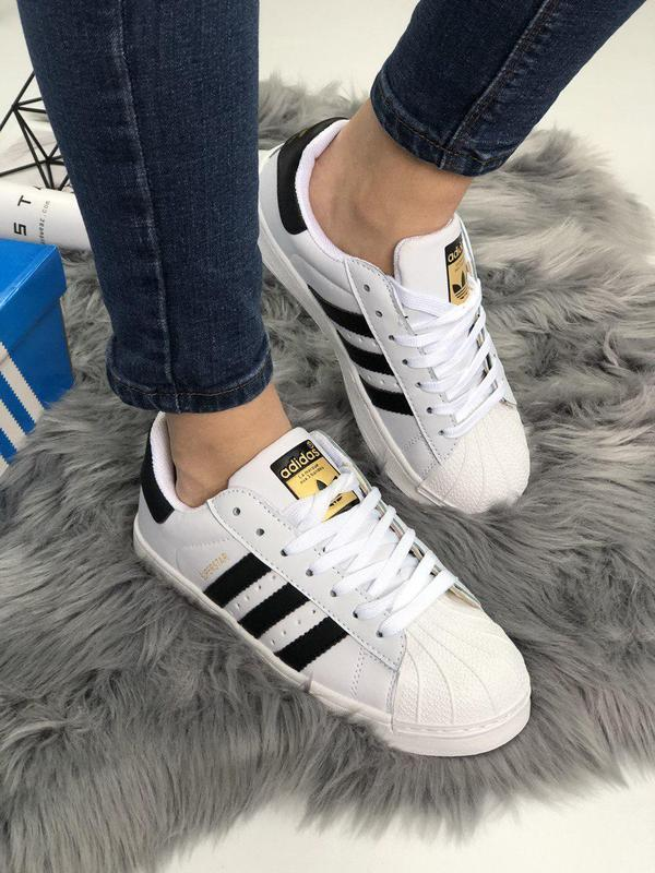 Шикарные и удобные женские кроссовки adidas superstar в белом ...