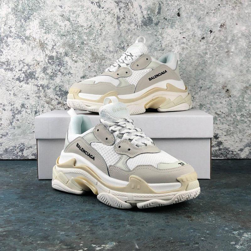 Шикарные массивные кроссовки в белом цвете (весна-лето-осень)😍
