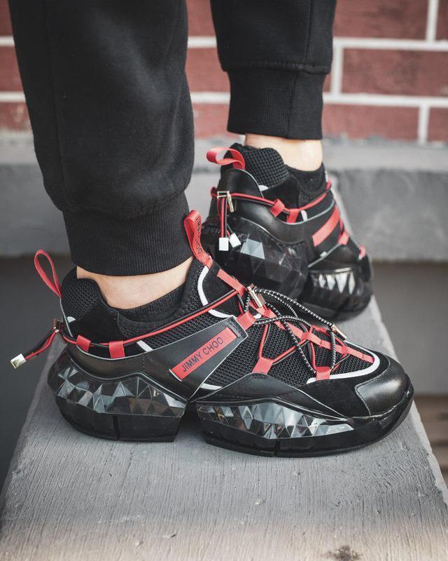 Шикарные дизайнерские кроссовки из кожи в черном цвете (весна-...